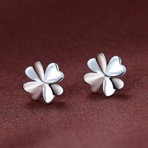Jewelry - 18K White Gold Filled 4-leaf Clover Stud Earrings